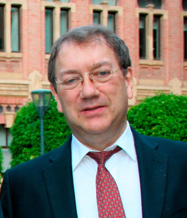 Professor Juan Agüera Vega